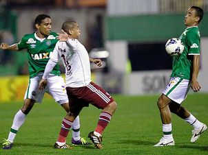 Chapecoense-Fluminense-Brasileiro-DivulgacaoAgencia-Photocamera_LANIMA20140820_0258_24